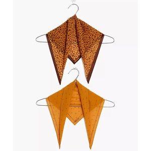 Madewell Two-Pack Triangle Bandanas